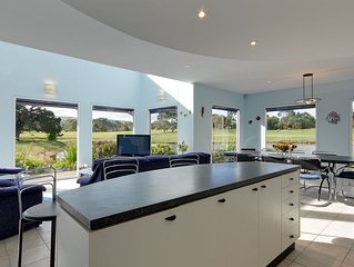 Golfview Holiday Let - continental bfast for 1st morn, wine & chocolates