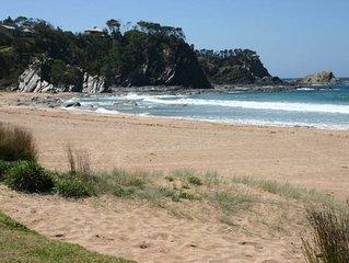 Beachlid - Charming beach cottage, hear the waves, smell the salt