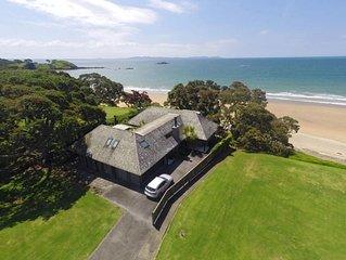 Calianne - Superb beachfront architecture
