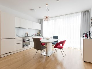 4 Bedroom Penthouse Duplex Apartment Very Close To Opera And Karlskirsche #2of10