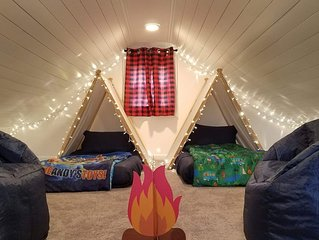 Little Loft of Adventure 2 Br Home, newly updated!