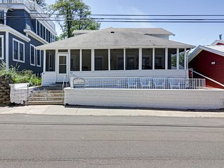 TOO QUTE! BEACH COTTAGE: NORTH BEACH! 4 BEDROOMS!  2.5 BATHS!