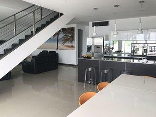 Stunning Waterfront Property - Lake Macquarie