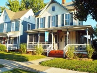 Cape Cottage -- Downtown, Sleeps 11,  Dog-friendly, Short Walk to the Beach