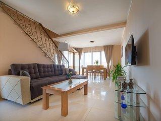 Modern, semi detached 6 bedroom villa located in Krimovica, Kotor municipality