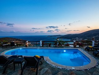 Villa Pelagos In beautiful Sifnos and in a quiet location on the road.