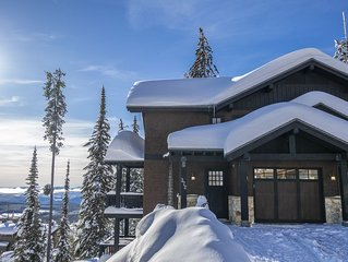 Book now for Christmas Holidays 2019/2020! Ski in/out, 4 bedroom, amazing views