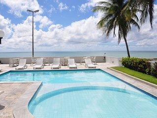 Luxuoso apartamento beira mar p 12 pessoas c vista panorâmica ao mar