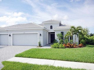 SWFL Rentals - Villa Eleadora - Brand New Luxury Rental Free Wifi Sleeps 7