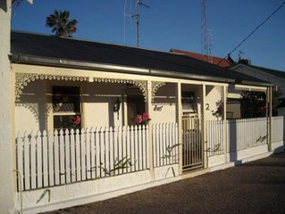 Cosy Nook Cottage Accommodation, Moonta