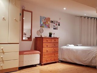 ★ Comfy Double Bed B&B | near Dublin Airport, City Center, DCU ★