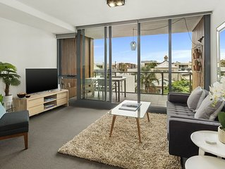 BEACH APARTMENT WITH EASY CITY ACCESS