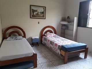 Casa aconchegante familiar para estudo e turismo e empresas .