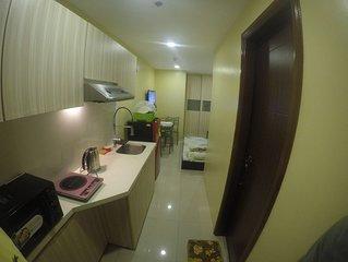 New and fully furnished studio type condo for family and friends.