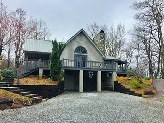 Bear's Rest, mountain top property with spectacular long range views