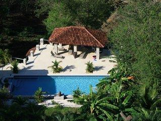 VILLAS CASA LOMA (Suite 402) FLAMINGO BEACH'S BEST KEPT SECRET FOR OVER 30 YEARS