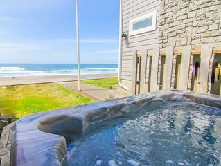 Spacious, Clean, Bright Oceanfront Home with Hot Tub Offers Unforgettable Views