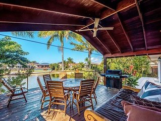 Coconut Grove Holiday House on the water - private sandy beach