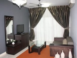 Short stay in Kuala Lumpur, nearby The Curve and Ikano Powercentre