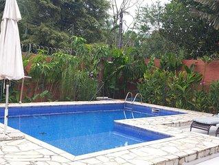 Camburi - Casa de arquiteta com piscina. Casa de uso pessoal