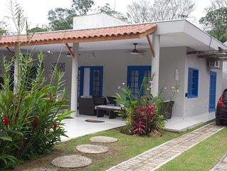 Camburi - Casa de Arquiteta com Piscina