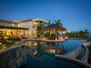 Spacious 5 BR Luxury Casa de Suenos w/ Private Pool, Ocean Views, WiFi + More!