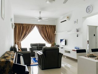 Holiday Condo located in Danga Bay