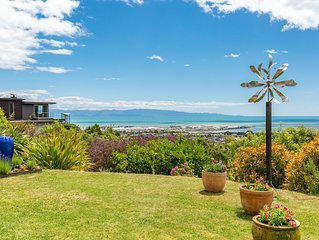 A stunning house and location above Nelson city, only 1.5km away.