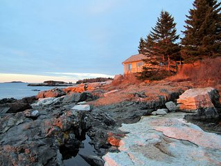 Bowsprit Cottage: Oceanfront Home with Spectacular Views