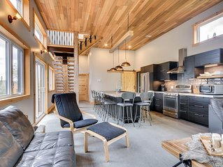 Chalet 491, wonderful setting to enjoy nature and year round outdoor activities