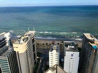 Coração de Boa Viagem, 50 metros da praia, 2qts + 2 Wcs + Garagem própria