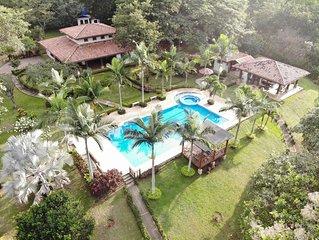 Quinta El Poblado Luxury Home near Jaco Beach