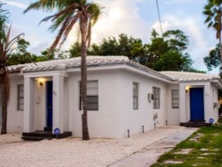 Vacation Duplex/ Social Backyard/10 Min To The Beach!! Great Price!!