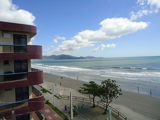 Apartamento com linda vista do mar, para familias de 8 pessoas