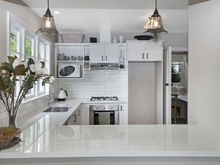 Delightful renovated warm bungalow incl WIFI