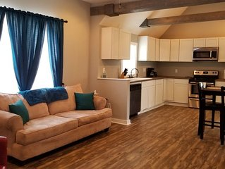 Great House 3-5 minutes from Downtown, UT,  & Biking/Hiking Trails