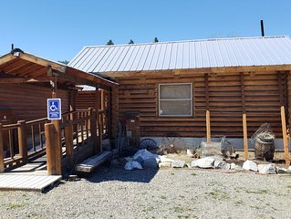 Delta-9 House - Cabin Greig (ADA & 420-Friendly)
