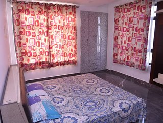 Luxury 3 Bedroom flat with attached bathroom near expo mart
