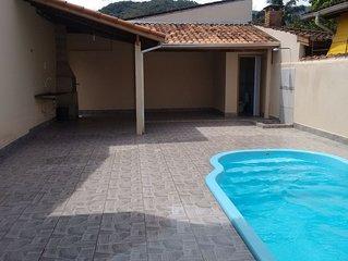 #Casa com Piscina e Wifi, bairro tranquilo e familiar!! Grande e aconchegante!!