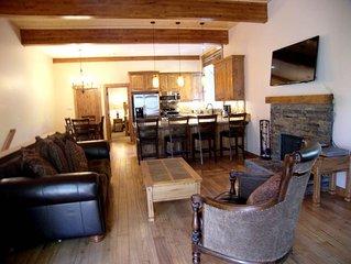 4BR 2.5BA Condo Wood Fireplace Exposed Beams Custom Hardwood Flooring