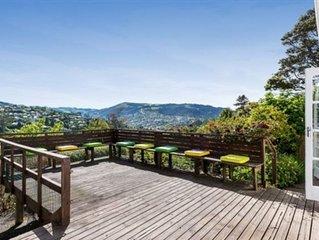 close town - mountain view -Maori Hill Cosy Home