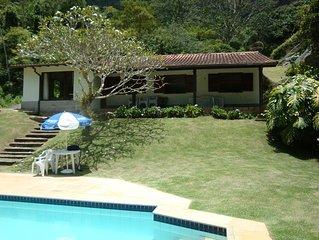 Casa de Campo, Piscina, Churrasqueira,Wi-Fi,  Jardim,