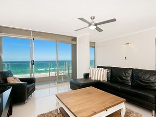 Amira Penthouse - Luxury in Main Beach$