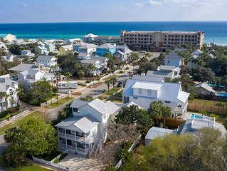 Fall Deals! See Video! Destin Dreaming-Walk to Beach-Pet Friendly-Pool-WIFI-Apt