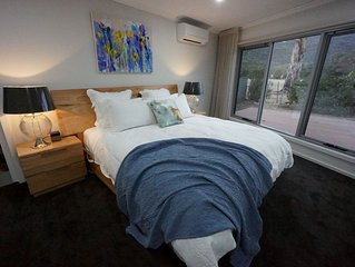 Heath House ♥ Luxury in the Grampians - Heated Jacuzzi / Spa ♥ Panoramic Views