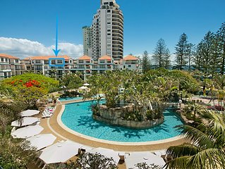 Calypso Plaza Resort Unit 417 - Penthouse style apartment Wi-Fi included