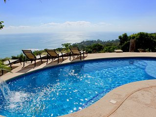 Ocean view eco-villa, pool & a cool breeze, 10 min. of the beach of Dominical