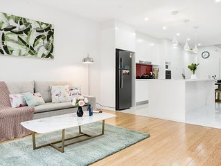 Luxury and stylish house in Rozelle with parking