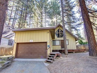 A Frame Chalet w/BBQ, Hot Tub, Fireplace, Fenced Yard. Pets OK! (CYH0622)