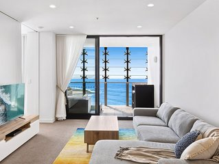 Luxury Newcastle Beach apartment - with exceptional beach views & free parking